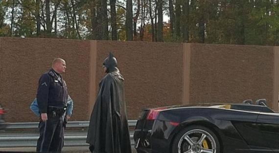 蝙蝠侠超速被抓